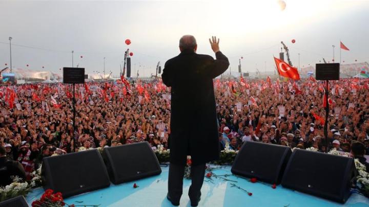 Erdogan adquiere máspoder